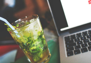 mojito-with-a-laptop-picjumbo-com