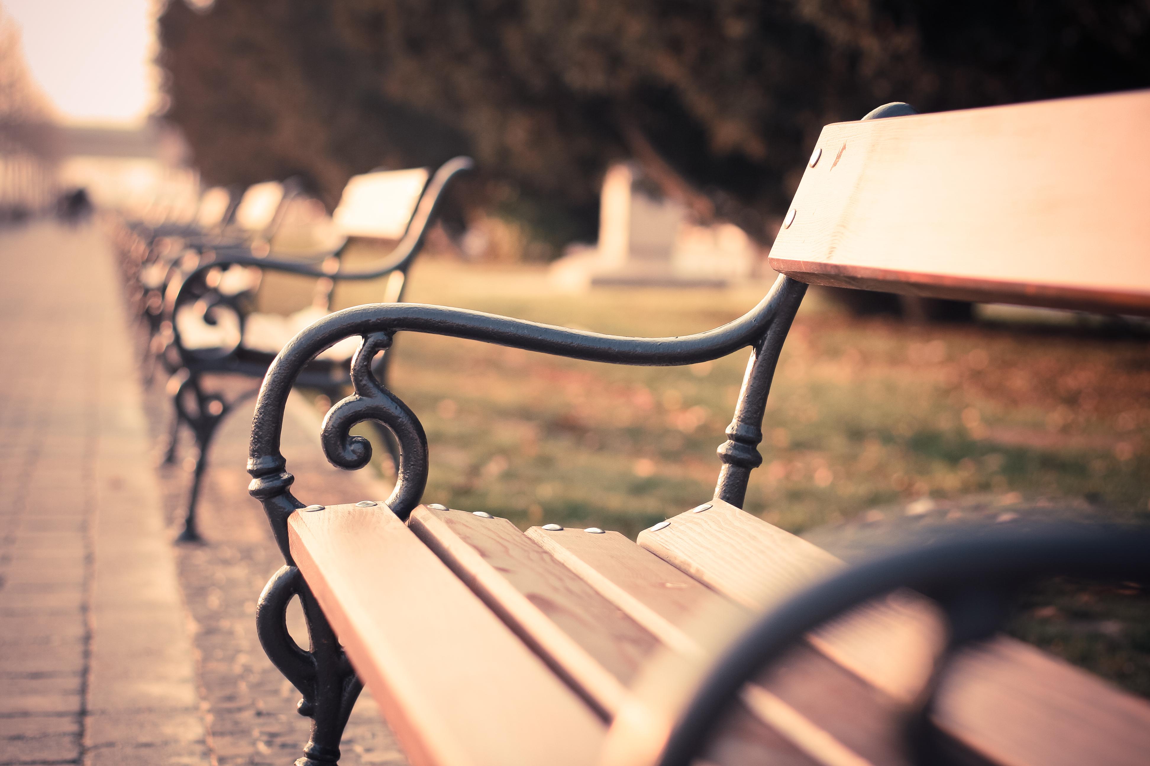 vintage-old-city-bench-picjumbo-com (2)