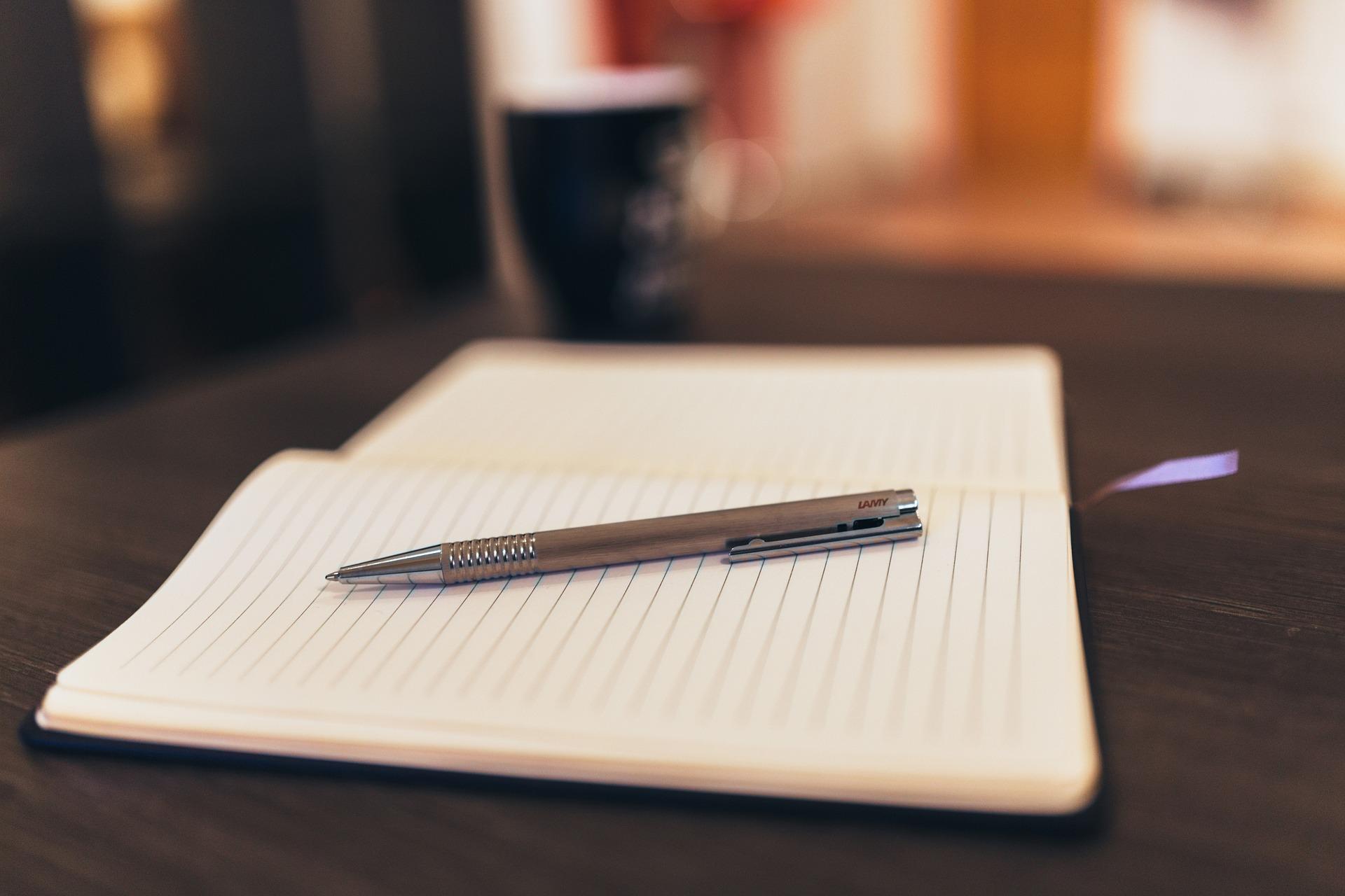 notepad-926046_1920