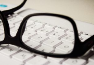 glasses-2211445_1920 (1)