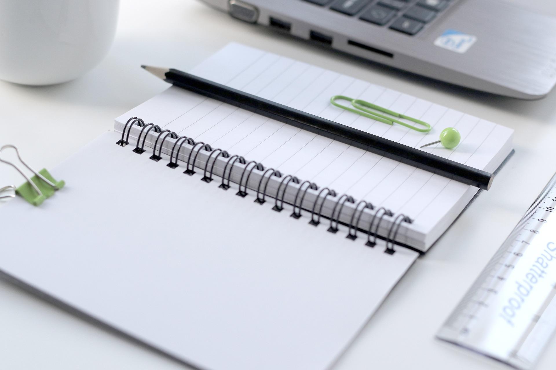 notebook-2560953_1920