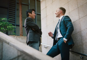 20代で稼げる仕事とは?仕事探しのポイントとコツを徹底解説